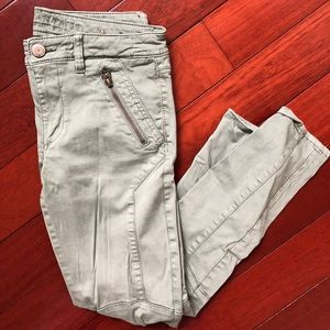 American Eagle Green Jeggings Super Stretch
